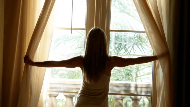 The Importance of Cleaning Your Draperies & Blinds